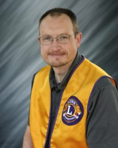 jeff-andhella-plymouth-wisconsin-lions-club-240x300